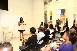 Pauleanna Reid hosts the Mo' Money Workshop