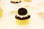 Mo Money Cupcake
